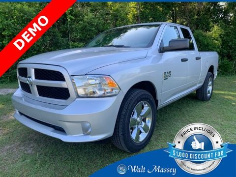 Pre-Owned 2019 Ram 1500 Classic Express RWD 4D Extended Cab